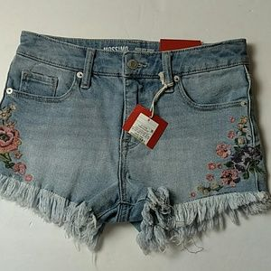 NWT Mossimo High Rise embroidered Short shorts